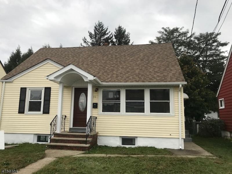 Einfamilienhaus für Verkauf beim 51 Ackerson Place 51 Ackerson Place Passaic, New Jersey 07055 Vereinigte Staaten