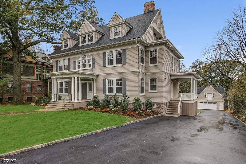 Maison unifamiliale pour l Vente à 311 Prospect Street South Orange, New Jersey 07079 États-Unis