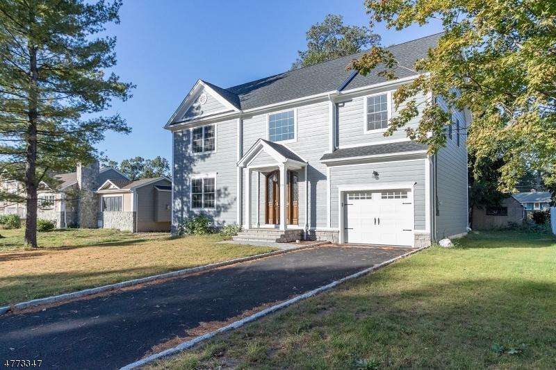 Maison unifamiliale pour l Vente à 130 McKinley Avenue East Hanover, New Jersey 07936 États-Unis