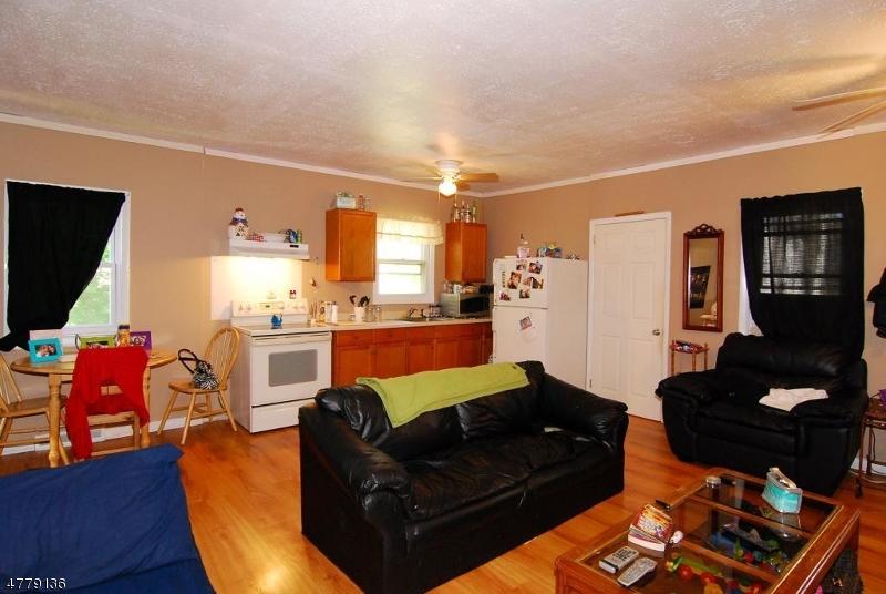 Casa Unifamiliar por un Alquiler en 359 Howard Blvd Mount Arlington, Nueva Jersey 07856 Estados Unidos