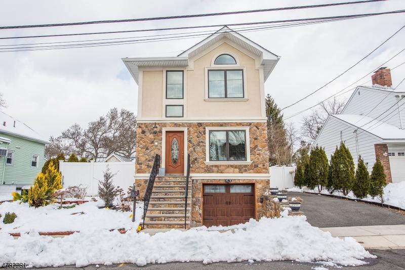 Частный односемейный дом для того Продажа на 51 Mawhinney Avenue Hawthorne, Нью-Джерси 07506 Соединенные Штаты