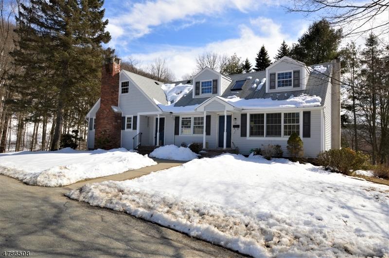 独户住宅 为 销售 在 32 Wilson Drive Ogdensburg, 新泽西州 07439 美国