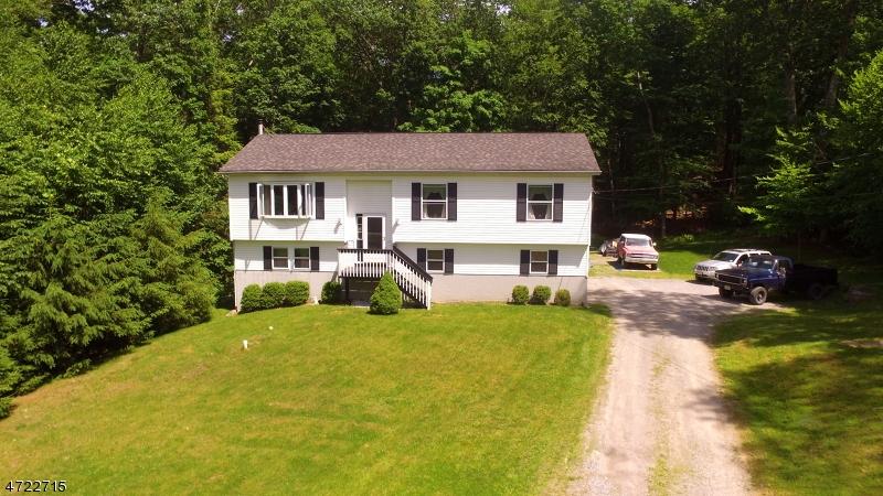 Property для того Продажа на 12 Glen Drive Vernon, Нью-Джерси 07461 Соединенные Штаты