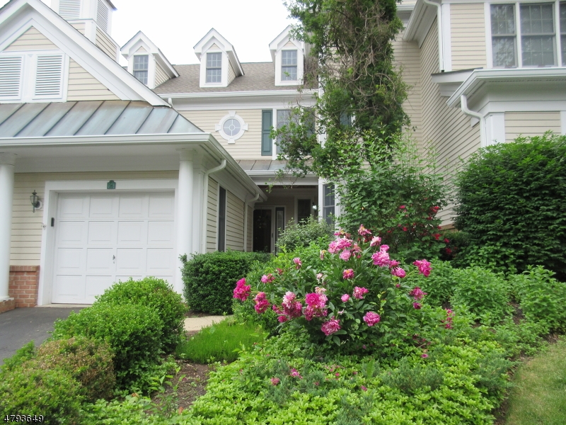 Кондо / дом для того Продажа на 16 Polo Club Road Far Hills, Нью-Джерси 07931 Соединенные Штаты