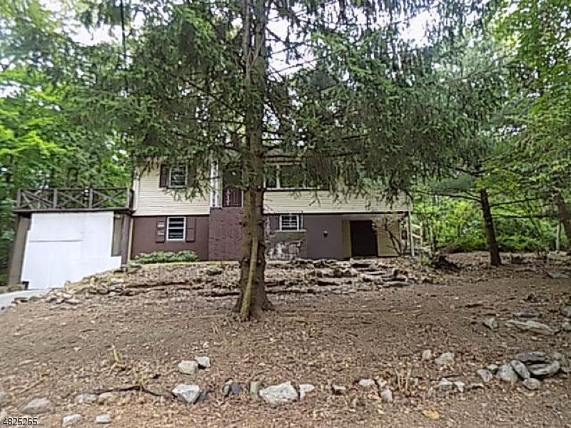 Частный односемейный дом для того Продажа на 18 CEDAR TREE Drive Vernon, Нью-Джерси 07422 Соединенные Штаты