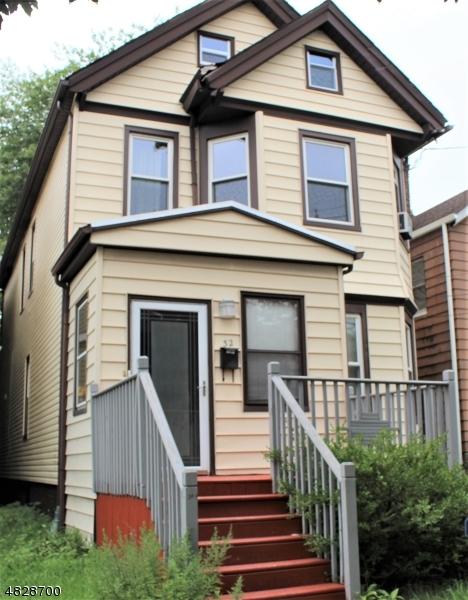 Casa Unifamiliar por un Alquiler en 32 WILLOW Street Bloomfield, Nueva Jersey 07003 Estados Unidos