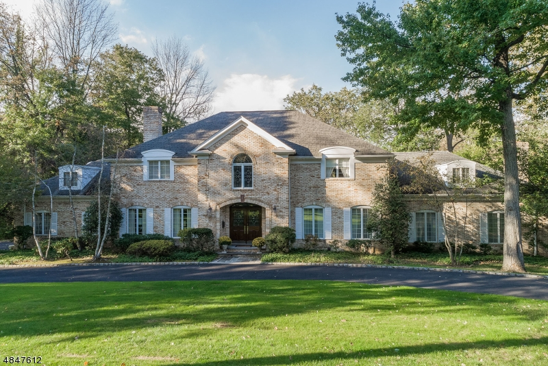 Single Family Home for Sale at 11 STEWART Road Essex Fells, New Jersey 07021 United States
