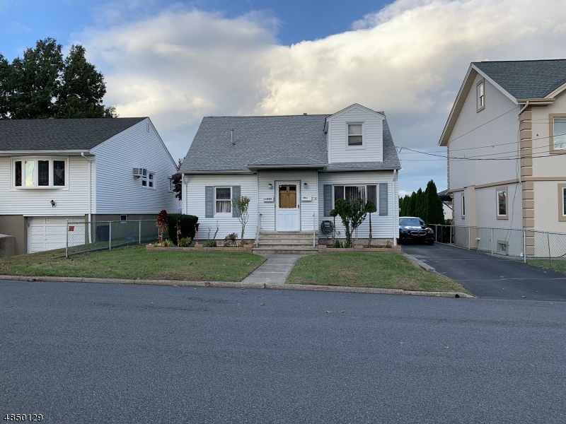 Single Family Home for Sale at 51 Fradkin Street Wallington, New Jersey 07057 United States