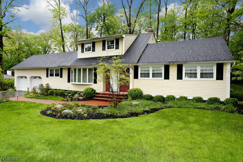 Single Family Home for Sale at Park Ridge, New Jersey 07656 United States
