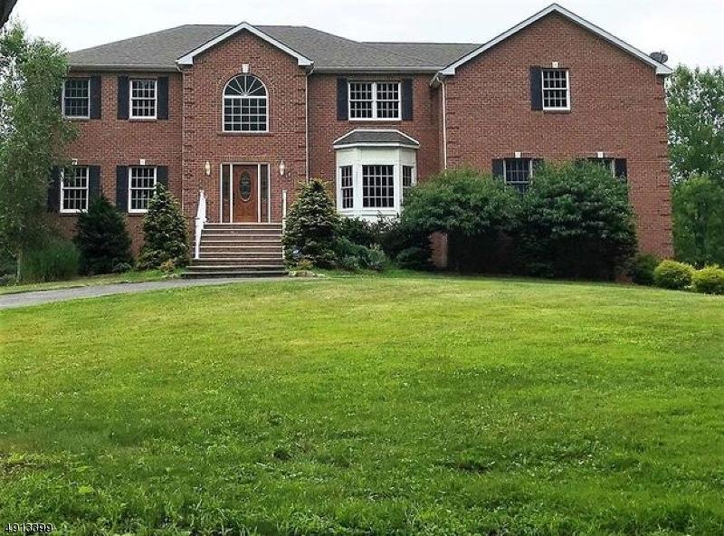 Single Family Homes für Verkauf beim Roxbury Township, New Jersey 07876 Vereinigte Staaten