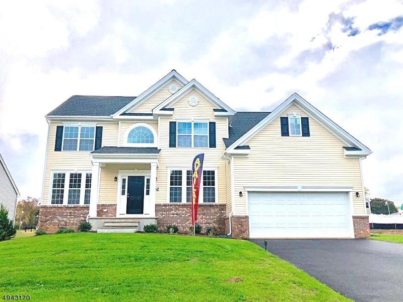 Single Family Homes für Verkauf beim Ewing, New Jersey 08638 Vereinigte Staaten