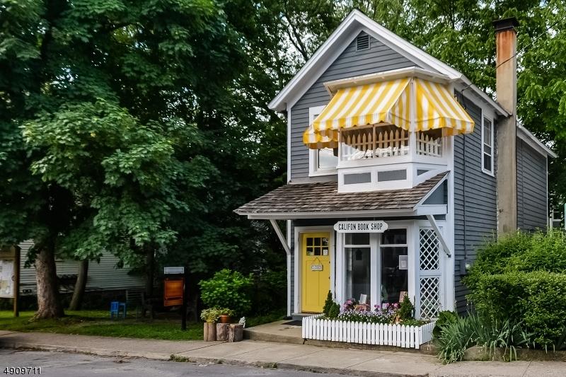 Single Family Homes 為 出售 在 Califon, 新澤西州 07830 美國