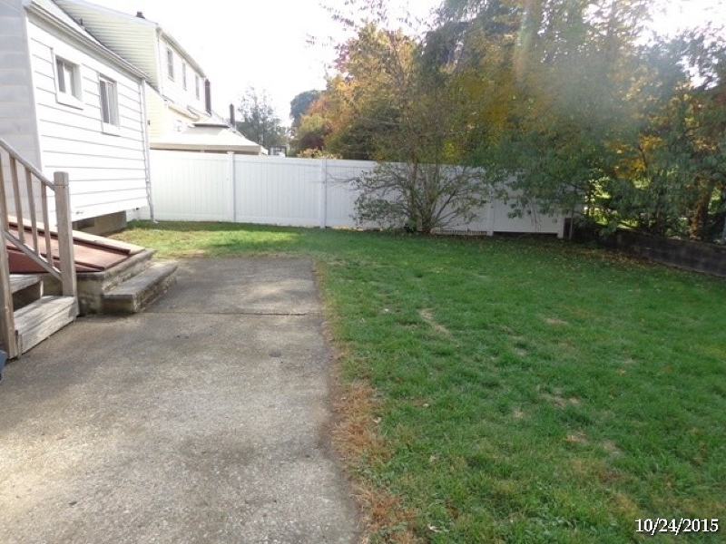 Additional photo for property listing at 271 Fairway Avenue  Belleville, New Jersey 07109 États-Unis