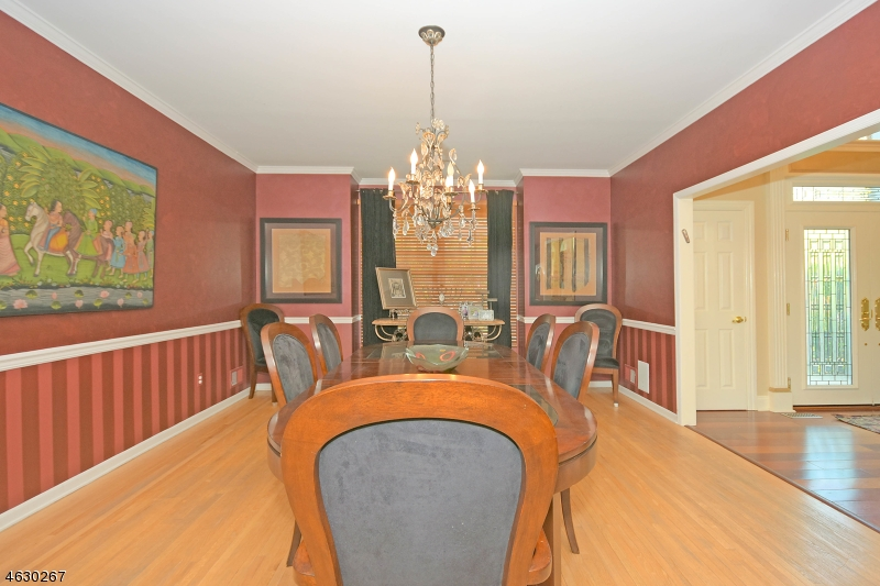 Additional photo for property listing at 41 Gates Place  Wayne, New Jersey 07470 United States