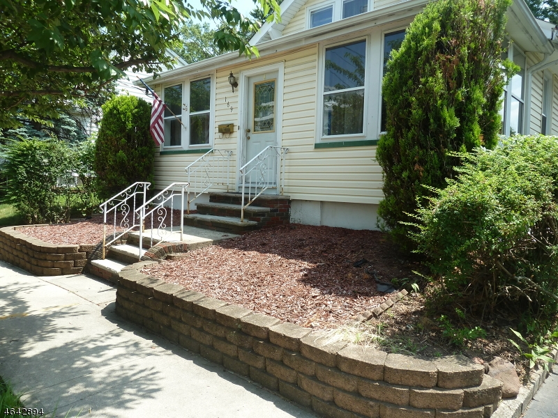 Additional photo for property listing at 169 TAPPAN Avenue  Belleville, Nueva Jersey 07109 Estados Unidos
