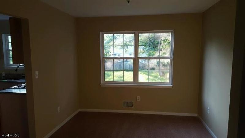 Additional photo for property listing at 25 FRELINGHUYSEN STREET  Belvidere, Нью-Джерси 07823 Соединенные Штаты