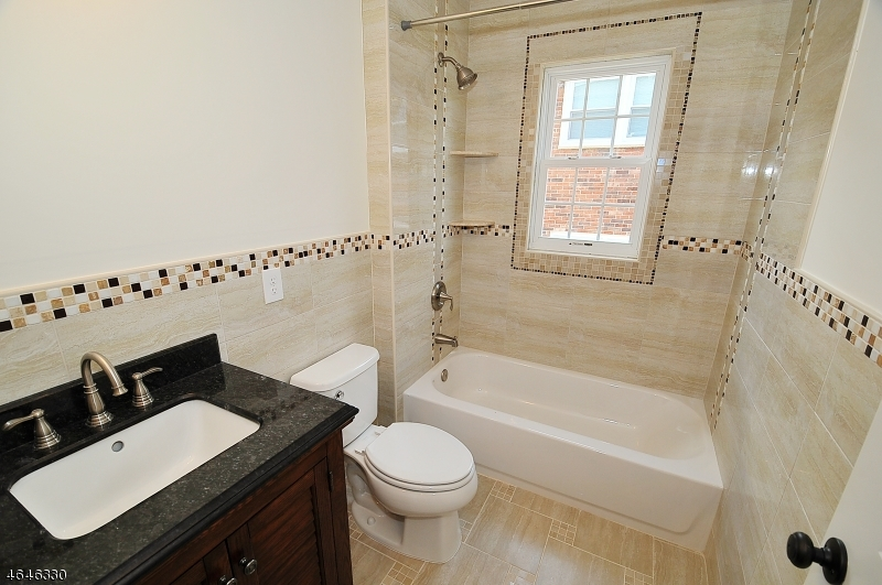 Additional photo for property listing at 37 E 14th Street  林登, 新泽西州 07036 美国