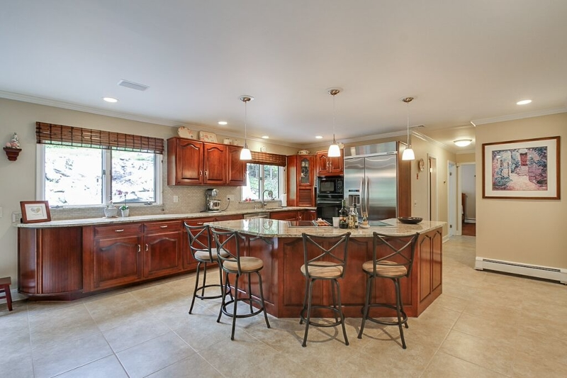 Additional photo for property listing at 790 W Shore Drive  Butler, New Jersey 07405 États-Unis