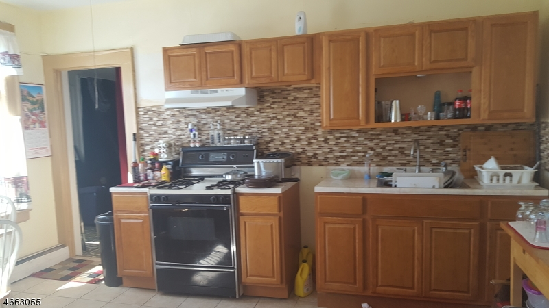 Additional photo for property listing at 369 Summer Avenue  Newark, New Jersey 07104 États-Unis