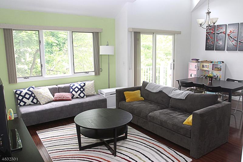 Частный односемейный дом для того Аренда на 108-110 PASSAIC AVE B-18 Nutley, 07110 Соединенные Штаты