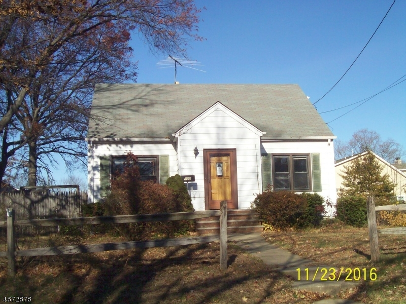 Single Family Home for Sale at 222 W Prospect Street South Bound Brook, 08880 United States