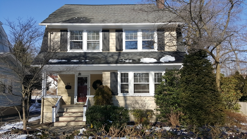 Casa Unifamiliar por un Alquiler en 69 Gordonhurst Avenue Montclair, Nueva Jersey 07043 Estados Unidos