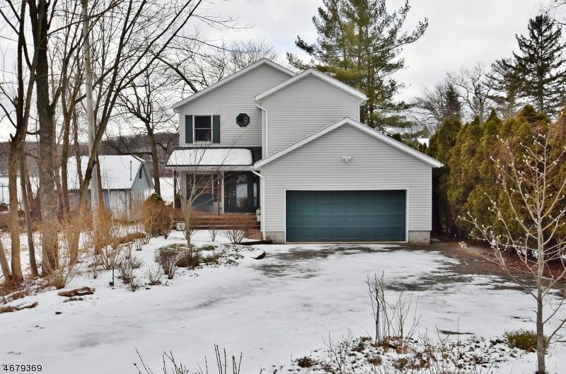 独户住宅 为 销售 在 5 Alpine Drive Lake Hopatcong, 07849 美国