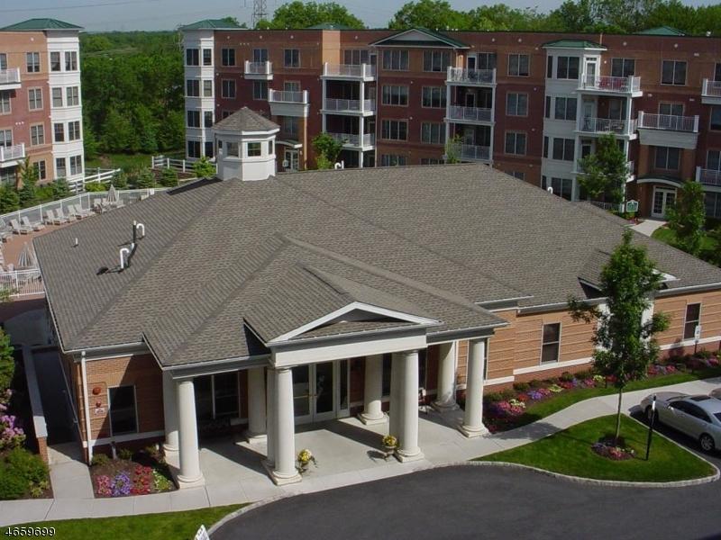 Частный односемейный дом для того Аренда на 4102 POINTE GATE Drive Livingston, Нью-Джерси 07039 Соединенные Штаты