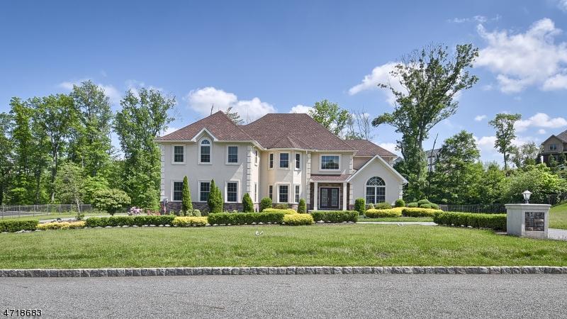 Casa Unifamiliar por un Alquiler en 19 Gunthers Vw Montville, Nueva Jersey 07082 Estados Unidos