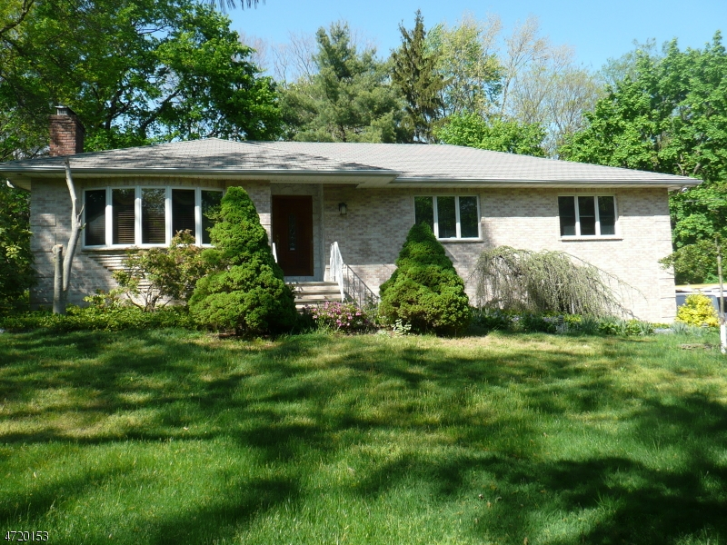 Single Family Home for Rent at 1542 Route 22 Mountainside, New Jersey 07092 United States