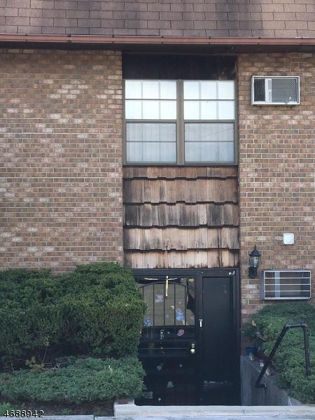 Einfamilienhaus für Verkauf beim 412-432 BROADWAY 412-432 BROADWAY Passaic, New Jersey 07055 Vereinigte Staaten