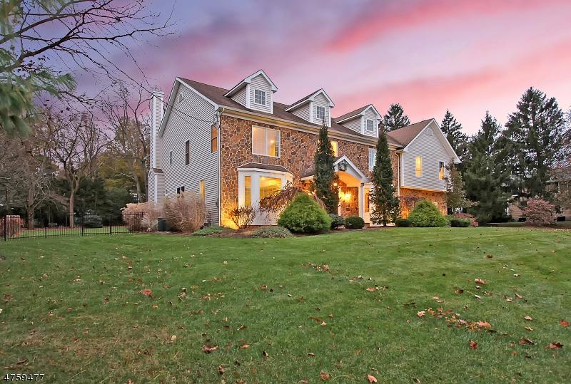 Maison unifamiliale pour l à louer à 30 Elizabeth Street Bernards Township, New Jersey 07920 États-Unis