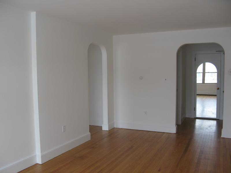 Casa Unifamiliar por un Alquiler en 53B Bridge Street Frenchtown, Nueva Jersey 08825 Estados Unidos