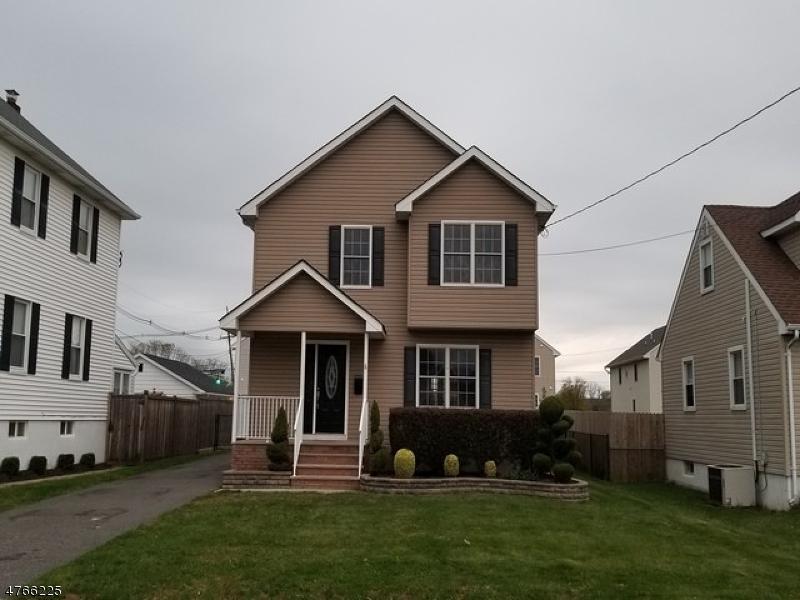 Casa Unifamiliar por un Venta en 1150 Gress Street Manville, Nueva Jersey 08835 Estados Unidos
