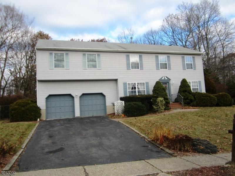 Einfamilienhaus für Verkauf beim 142 Merriam Avenue 142 Merriam Avenue Newton, New Jersey 07860 Vereinigte Staaten