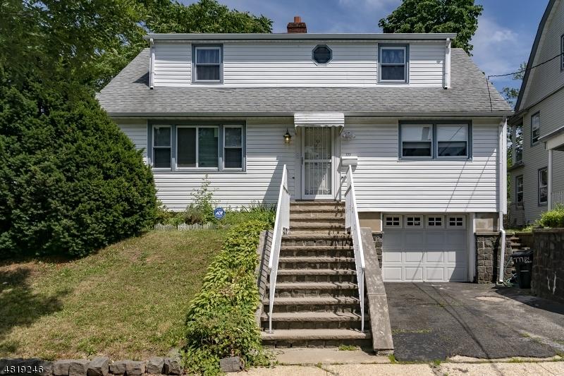 獨棟家庭住宅 為 出售 在 777 DE GRAW Avenue Newark, 新澤西州 07104 美國