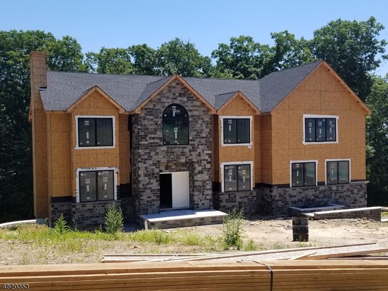 Casa Unifamiliar por un Venta en 11 BEVERLY Street Parsippany, Nueva Jersey 07950 Estados Unidos
