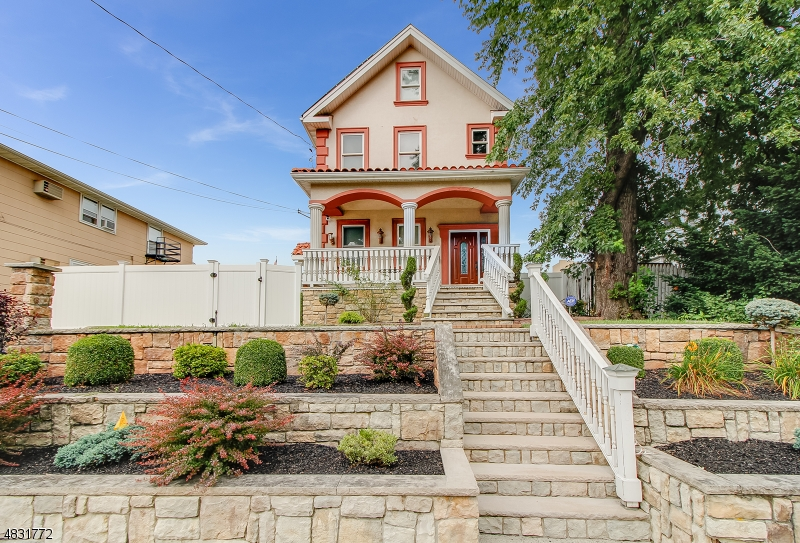 Single Family Home for Sale at 535 CHESTNUT Street Kearny, New Jersey 07032 United States