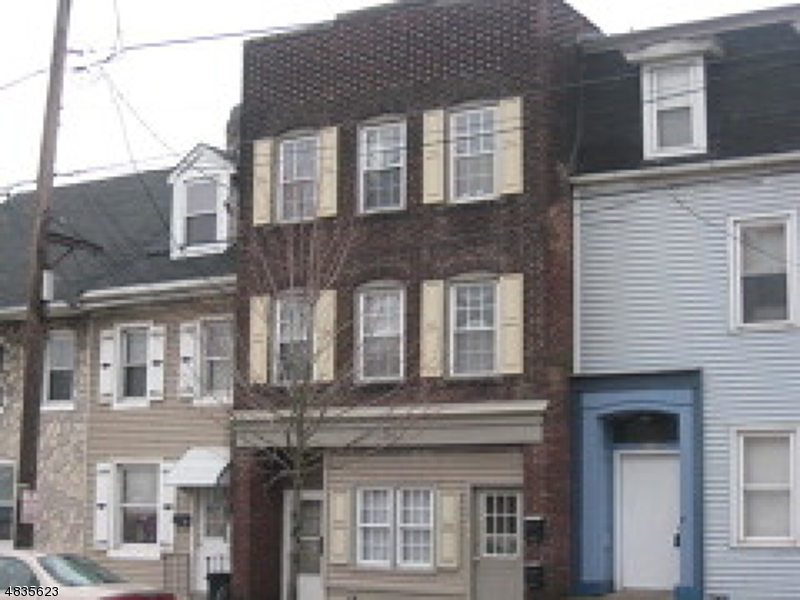 Villas / Townhouses for Sale at 226 S MAIN ST 226 S MAIN ST Phillipsburg, New Jersey 08865 United States
