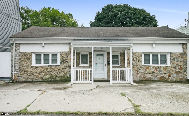Single Family Home for Sale at 33 RIVER ST 33 RIVER ST Phillipsburg, New Jersey 08865 United States
