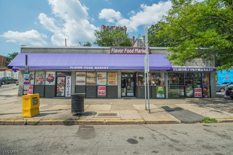 Commercial for Sale at 189 WASHINGTON Avenue Belleville, New Jersey 07109 United States