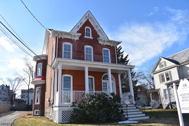 Nhà ở một gia đình vì Thuê tại 48 TRINITY Street Newton, New Jersey 07860 Hoa Kỳ