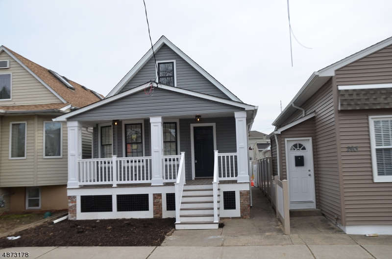 Single Family Home for Sale at 261 WALLINGTON Avenue Wallington, New Jersey 07057 United States