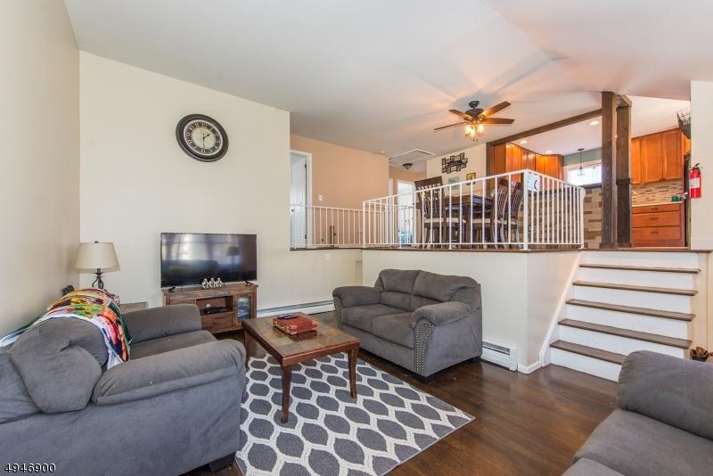 Single Family Homes vì Bán tại Ogdensburg, New Jersey 07439 Hoa Kỳ