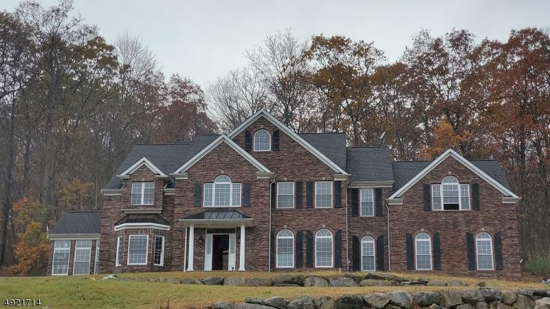 Single Family Homes för Försäljning vid Byram Township, New Jersey 07871 Förenta staterna