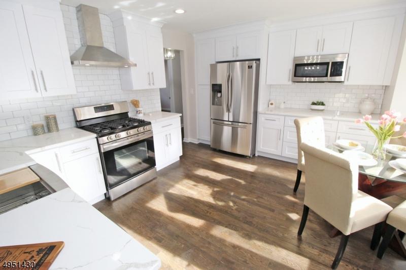 Additional photo for property listing at  Fanwood, Нью-Джерси 07023 Соединенные Штаты