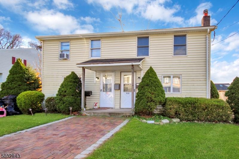 Multi-Family Homes для того Продажа на Alpha, Нью-Джерси 08865 Соединенные Штаты