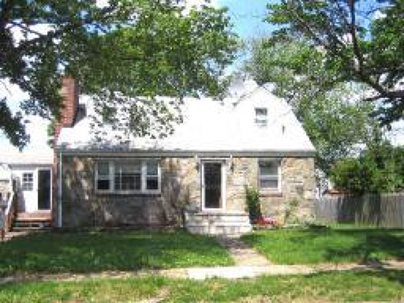 Additional photo for property listing at 131 Jackson Avenue  South Plainfield, Nueva Jersey 07080 Estados Unidos