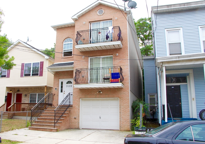 Additional photo for property listing at 308 Van Houten Street  Paterson, Nueva Jersey 07501 Estados Unidos