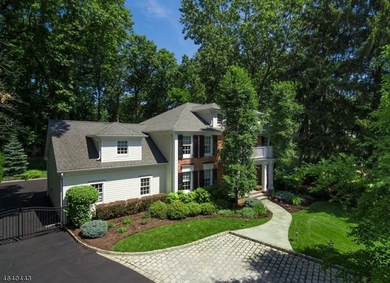 Частный односемейный дом для того Продажа на 332 Fairmount Avenue Chatham, 07928 Соединенные Штаты